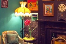 Retro/vintage living rooms
