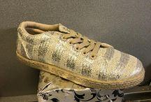 Schoenen / De laatste mode van betaalbare en unieke maar zeker modieuze schoenen. Verkrijgbaar bij Luxurious Shopping by Laetitia te Maasmechelen.