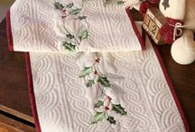 table runners, pot holders and trivets / by carol clemmons