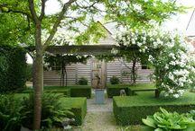 Gardens Landscaping / by Judith Fielden