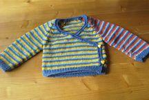 Hergebruik van oude kleding en wol / Nieuwe dingen maken van oude spijkerbroeken, T-shirt, rokken, blouses, truien en overgebleven bolletjes wol.