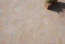 Patio Circles / Paving circles are ideal for creating a feature in your garden or patio, and choosing the right one can be important to the effect it will have.