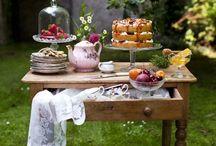 Tea party / tea, sweets, table setting