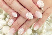 brides nail idea