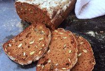 Glutenfritt bröd.