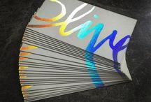 Cold Foil / Cold foil is een luxe afwerkingsmethode voor flyers en visitekaartjes . Bestel jouw drukwerk met cold foil op www.drukwerkdeal.nl