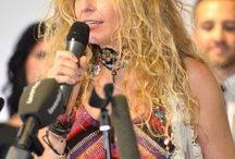Yolandaconferenciante; soñando por inspirar... / Cursos y conferencias, presentaciones y, por supuesto, poesía para terminar.