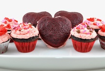 EASY Valentines Day Creations / Valentine's day recipes -- Valentine's day crafts -- homemade valentine's day treats