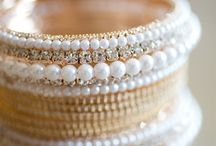 Indian jewelry / Bangles - earrings - tika - necklaces -