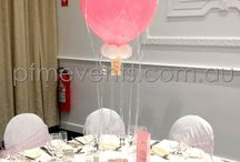 Hot Air Balloon Party Styling / Gorgeous party decorations and hot air balloon balloons for party themes