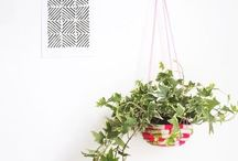Space-Saving DIY Hanging Planters / Cute And Space-Saving DIY Hanging Planters
