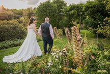 Wedding photos taken at farms and orchards in Kent / A selection of portfolio photos taken at wedding receptions at farms, orchards and vineyards across Kent.
