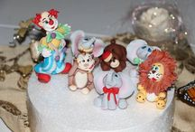 Sugar paste figurines / Fondant turkey, fondant puppy, fondant girl, circus animals, clown