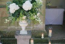 Déco florale mariage / mariage JENKINS MUSSI, blanc/vert, thème vin, 24 juin 2017, église vouzon et château du corvier