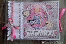 Moje dielka -Handmade Tatiana / Som handmade tvorca , venujem sa výrobe albumov a iných darčekových predmetov tykajúcich sa scrapbookingu a kníhviazačstva .