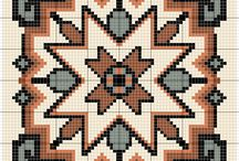Вышивка :бискорню (Cross stitch: Biscornu)