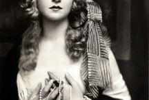 Roaring twenties - Années folles / the best of elegance