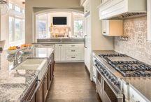 Armoire de cuisine / Des armoires de cuisines de rêve au meilleur rapport qualité/prix !