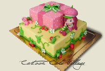 Cake / by Rola Tahan
