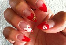 Nails / by Zaminna Deen