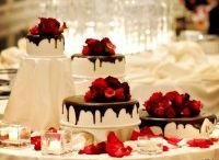 Cakes / by Khris Turner-Willis