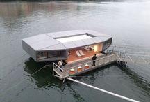 >houseboat