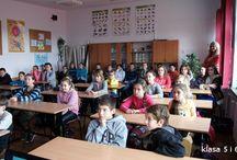 2014 LEKCJA EDUK.- SZKOŁA PODST. W ZGŁOBNIU KLASA 5 i 6- 24.11.2014 / 24 listopada odbyły się trzy lekcje edukacyjne dla Uczniów Szkoły Podstawowej w Zgłobniu. Pierwsze zajęcia odbyły się dla klasy I i II, drugie dla klasy V i VI oraz kolejne dla klasy III i IV.