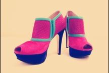 VANESSA USECHE  / VANESSA USECHE. Fashion Designer & Footwear Designer.  Calzado colombiano de alta gama, 100% cuero y hecho a mano.