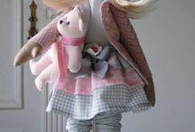 Genialna lalka stojąca / lalki