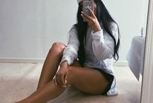 Thais espelho