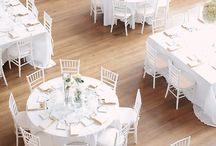 have a seat / Sessel sind nicht nur zum Sitzen da. Schön und stylish aussehen sollen sie auch. Kein Problem, FÖHR hat die passenden Möbel für Ihre Veranstaltung.  Tipps and inspirations about picking the perfect chair for your party: wedding, ceremony, banquet, ball, birthday, dinner.