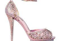 sexy calzature / http://bimbacattiva.altervista.org/scarpe-burlesque.html