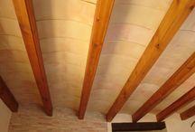 Revoltones / Para techos tradicionales construidos con revoltones y vigas, pueden ser en formato curvo o recto. Elemento decorativo y de soporte. Se puede aplicar también para porches.