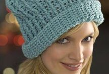 ★ CROCHET ★ Hats and Mittens / by Nienke