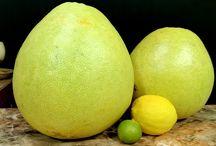 big lemon, pomelo, citrus maxima, citrus grandis whe should not eat or drink its juice