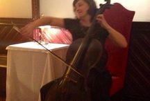 Concierto de viloncelo en Restaurant Casa Calvet / Concierto de violoncelo en Restaurant Casa Calvet de Barcelona, amenizando los platos de la carta de verano. A cargo de Svetlana Tovstukha.