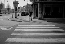 Straatfotografie  / Straatfotografie, sociale fotografie, zwartwit portretten, ongewone portretten, candid fotografie, belgie, luik, aachen, enz.