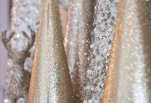 Silver & Gold Christmas / by Jennifer Gajevsky