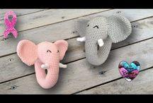 elefante sonajero