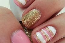 I love your nails!  <3