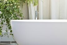 Idea Group Bathtubs / Quality made accessible. IDEAGROUP is a company which uses its winning formula of experience and know-how to create superior quality bathroom furniture. In addition to being the group's mission and working method, this ongoing search for quality also guides the production of all IDEAGROUP furnishings and accessories.
