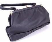 Vintage Handbags / Vintage handbags  http://www.devoted2vintage.co.uk/EN/Women/Accessories/Handbags.html