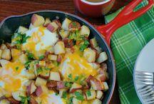 Cookbook - Breakfast yum / by Debra Bible