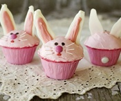 EASTER BUNNY <^^>