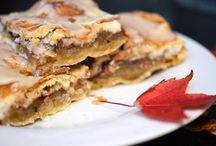 Apple pies & bars