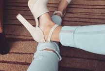 Just love them shoes ♡