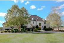 Walnut Lane, Kennett Square, PA / Elegant country home and equine property.