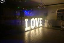 Napis Love na wesele / SERDECZNIE ZAPRASZAMY DO SKORZYSTANIA Z USŁUG NASZEJ FIRMY: FOTOBUDKI, NAPIS LOVE, KSIĘGI GOŚCI i wiele innych Zapraszamy do kontaktu biuro@grupa-ok.pl tel. 515 241 671 OLA I KAROL FB: https://www.facebook.com/NapisLovePoznan www.grupa-ok.pl