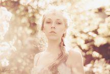 Fairytale photoshoot with jewelry inspiration
