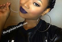 bold lips to rock